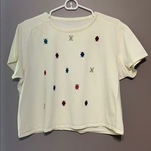 Tops - Oversized embroidered Off-white tee